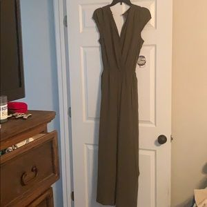 Army green romper pants suit NWT